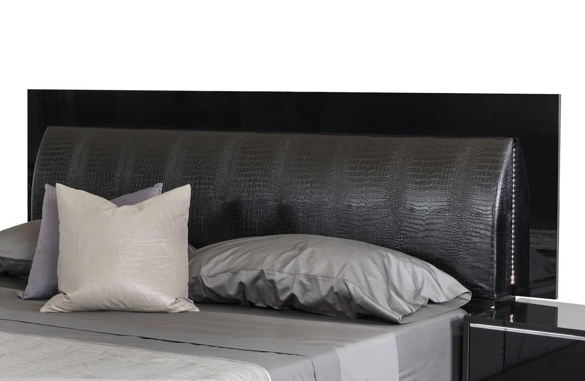 VIG Furniture Queen Bedroom Set #VGACGRACE | Hot Sectionals