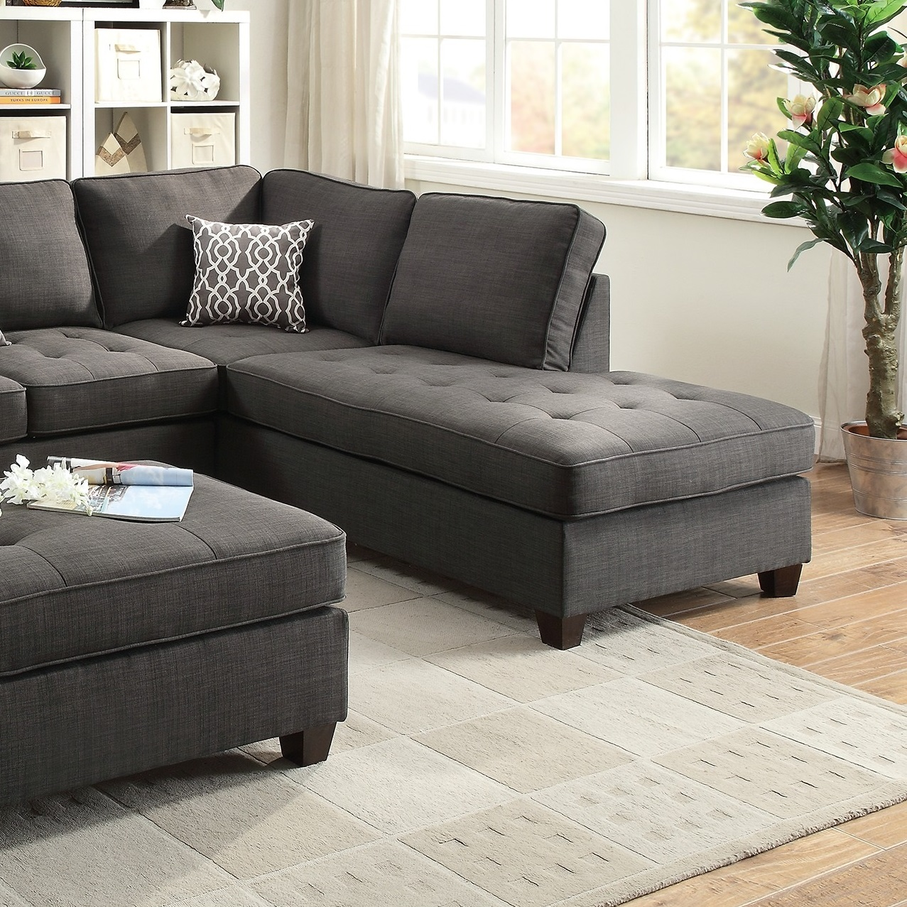 Contemporary Sectional: Black Sectional Sofa Chaise Poundex #F6988