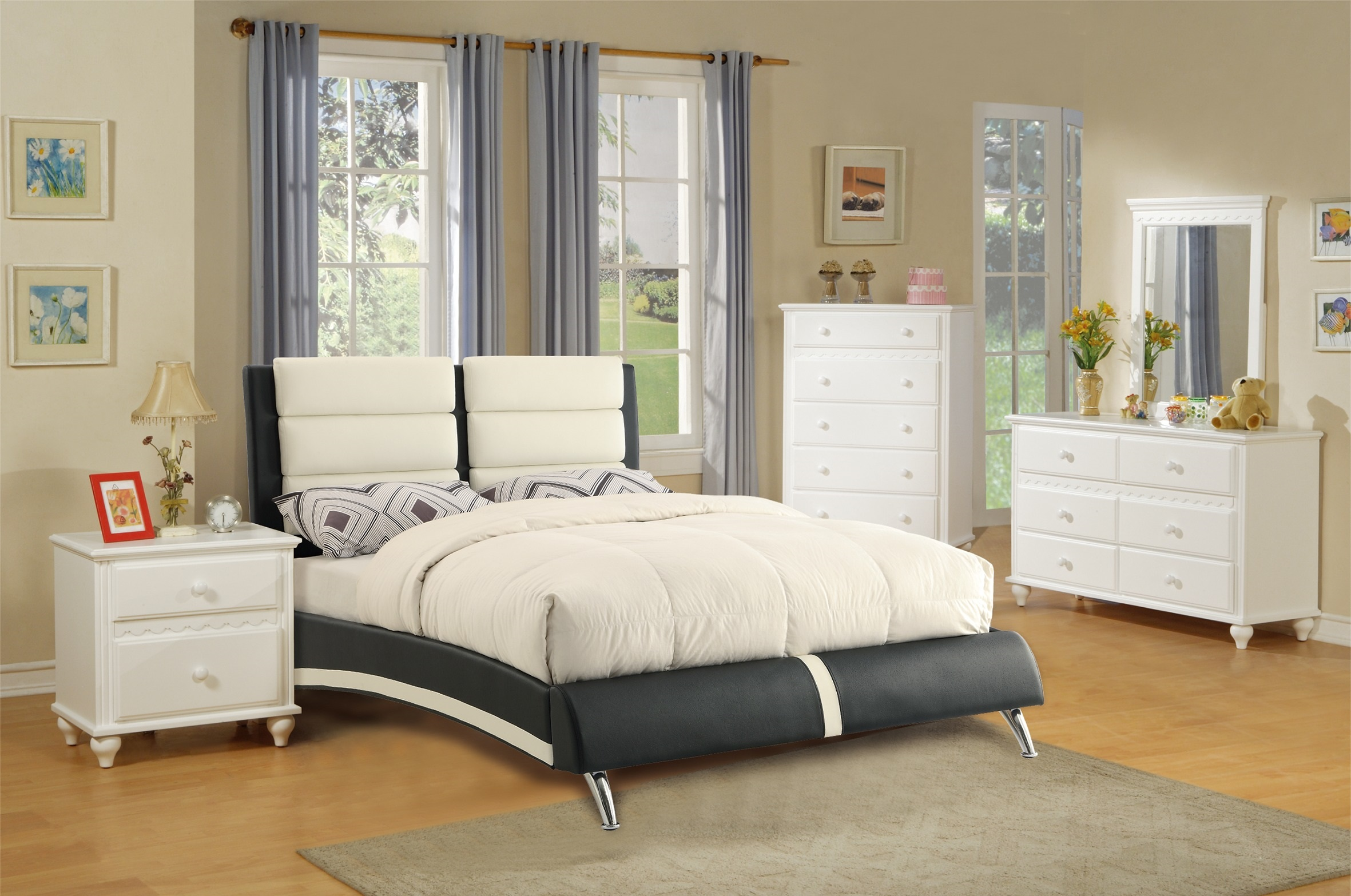Black White Faux leather Bedroom Furniture 4pc Queen Bed Dresser Bedroom  Set Nightstand Mirror